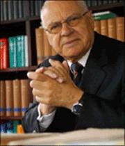 Fachanwalt für Familienrecht Dr. Ludwig Bergschneider